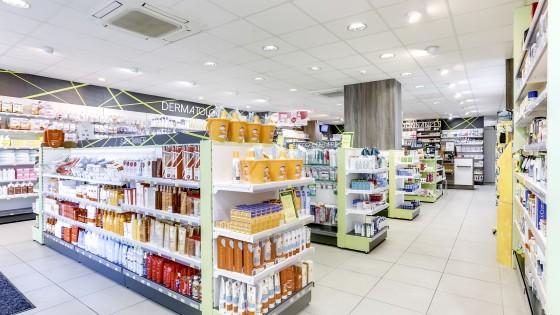 R alisations pharmacies archives agencement de pharmacie for Pharmacie de la claire