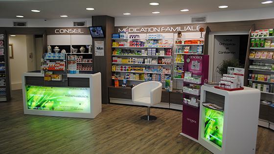 charleval dsc 0907 agencement de pharmacie commerce magasinagencement de pharmacie commerce. Black Bedroom Furniture Sets. Home Design Ideas