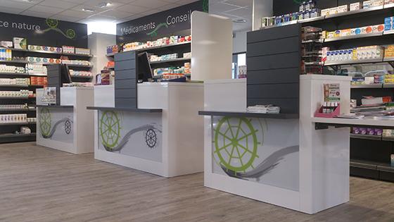 Agencement de pharmacie commerce magasin croix de - Le comptoir des pharmacies ...