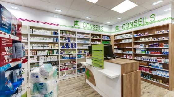 Pharmacie du levant gruissan 11 agencement de for Pharmacie de la claire
