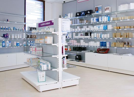 pharmacie buccinasco agencement de pharmacie commerce magasinagencement de pharmacie. Black Bedroom Furniture Sets. Home Design Ideas