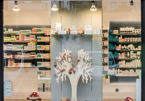 pharmacie vallo agencement de pharmacie commerce magasinagencement de pharmacie commerce. Black Bedroom Furniture Sets. Home Design Ideas